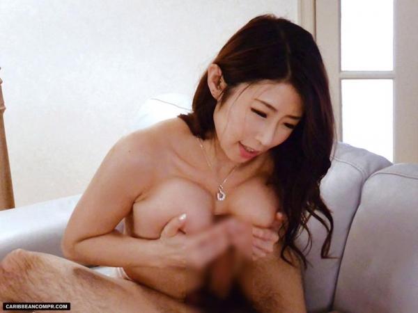 美熟女 篠田あゆみ の名作「美痴女」からエロ画像64枚のa025枚目