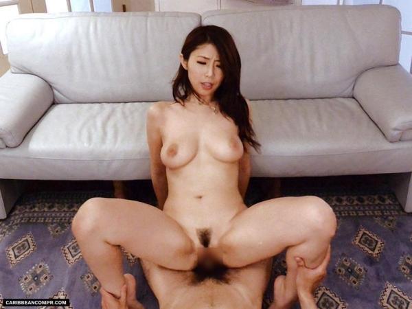 美熟女 篠田あゆみ の名作「美痴女」からエロ画像64枚のa031枚目