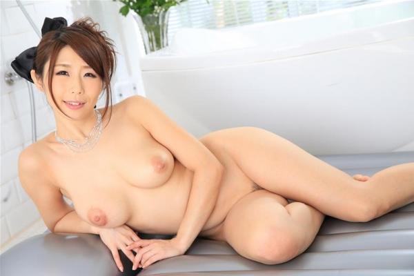 美熟女 篠田あゆみ の名作「美痴女」からエロ画像64枚のb017枚目