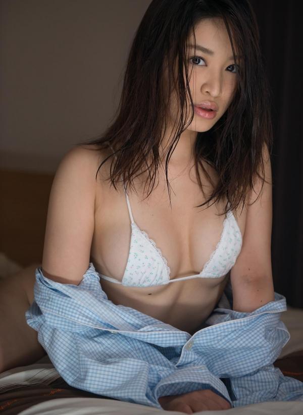 篠田りょう 画像 b015枚目