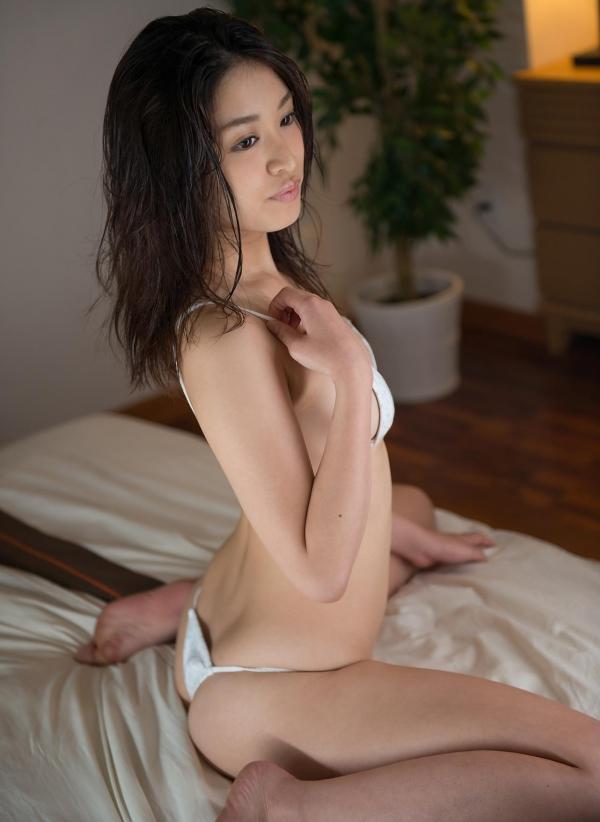 篠田りょう 画像 b018枚目