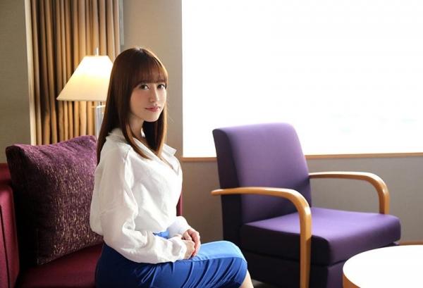 篠田ゆう たわわな巨乳の美女ハメ撮り画像90枚の003枚目