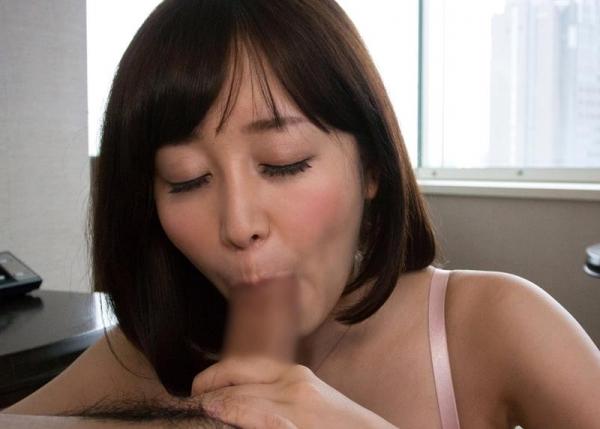 篠田ゆう たわわな巨乳の美女ハメ撮り画像90枚の048枚目