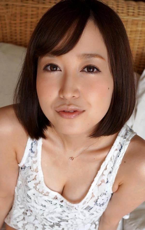 篠田ゆう 巨乳デカ尻 極上ボディ美女エロ画像80枚の010枚目