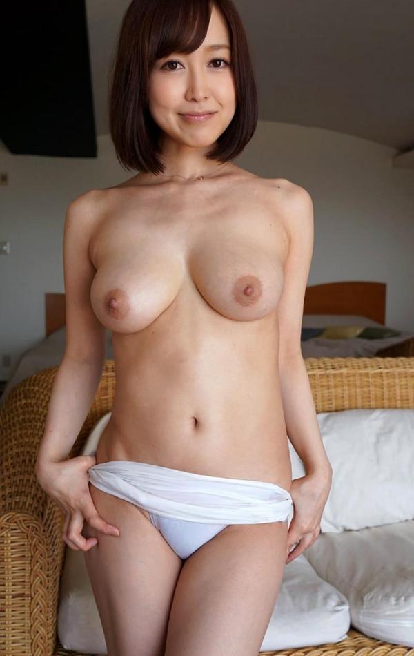 篠田ゆう 巨乳デカ尻 極上ボディ美女エロ画像80枚の045枚目