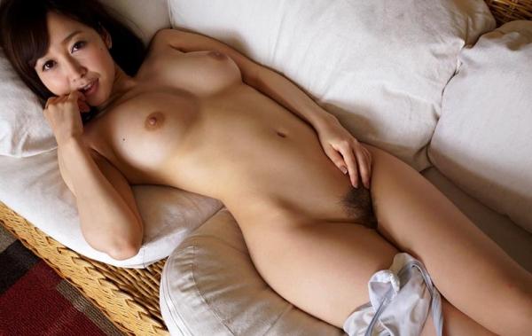 篠田ゆう 巨乳デカ尻 極上ボディ美女エロ画像80枚の060枚目