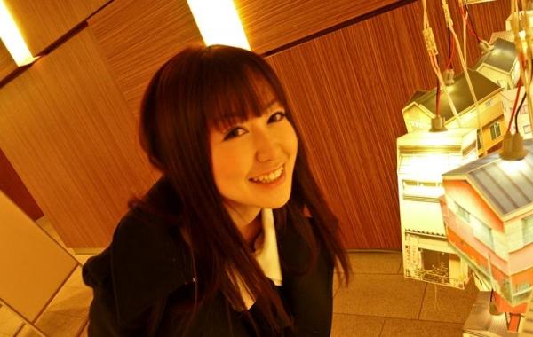 篠田ゆう Fカップ巨乳の綺麗なお姉さんエロ画像65枚の005枚目