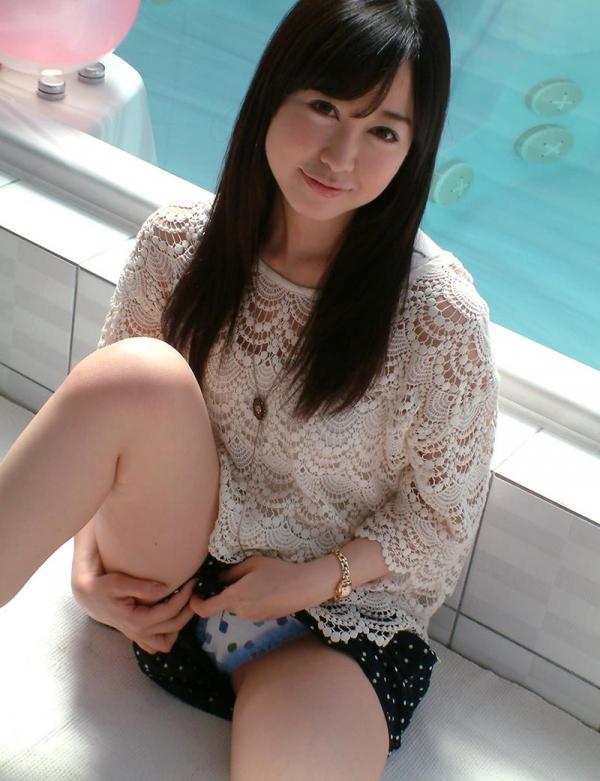 篠田ゆう Fカップ巨乳の綺麗なお姉さんエロ画像65枚の048枚目