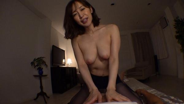 巨乳デカ尻 篠田ゆう のリアル中出しセックスエロ画像47枚のd08枚目