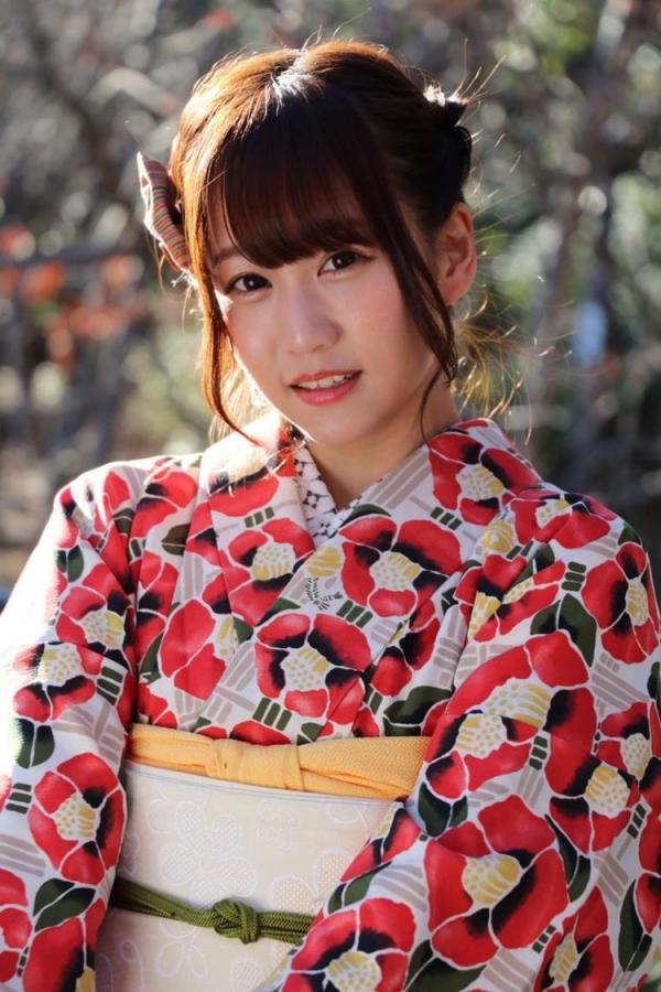 篠宮ゆり 低身長で小柄な微乳お姉さんエロ画像80枚の004枚目