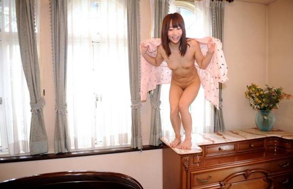 篠宮ゆり 低身長で小柄な微乳お姉さんエロ画像80枚の017枚目