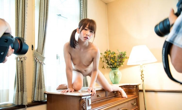 篠宮ゆり 身長149cm ミニマム痴女娘エロ画像70枚のb15枚目