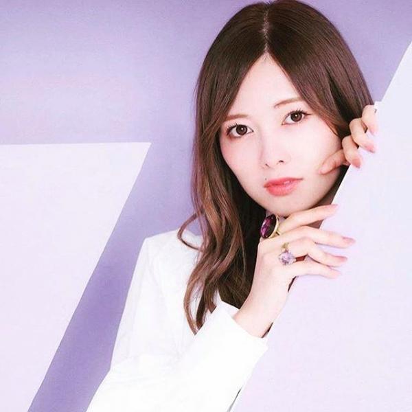 8月20日は白石麻衣さん27歳のお誕生日ですエロ画像34枚のa05枚目