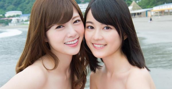 白石麻衣の水着姿と生田絵梨花いくまい仲良しツーショット画像50枚の401番