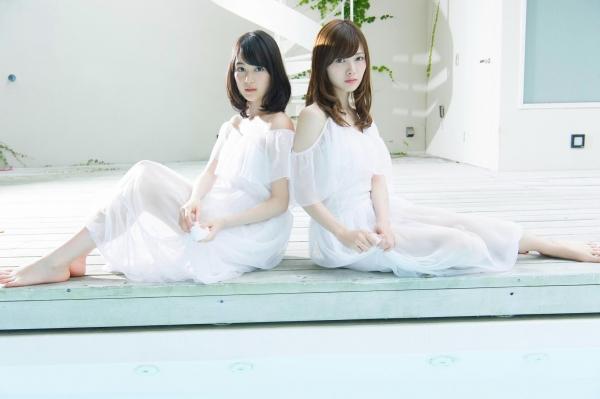 白石麻衣の水着姿と生田絵梨花いくまい仲良しツーショット画像50枚の404番