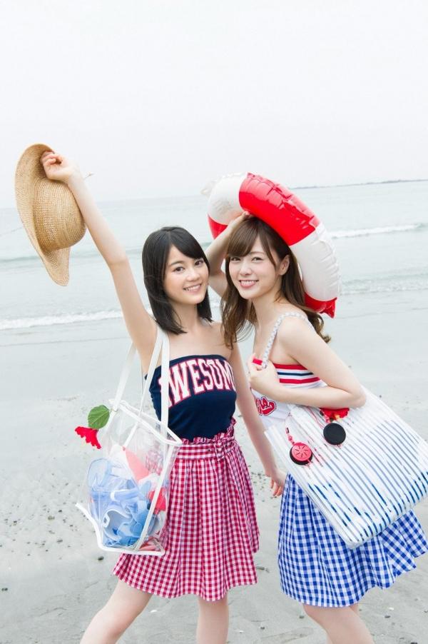 白石麻衣の水着姿と生田絵梨花いくまい仲良しツーショット画像50枚の2