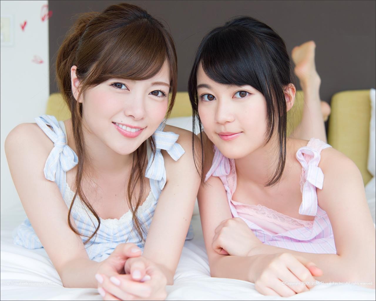 白石麻衣のミズ着姿と生田絵梨花いくまい仲良しツーショット写真52枚