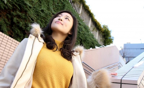 日高千晶(白石れいか)無修正AVで人気の爆乳美女エロ画像87枚の002枚目