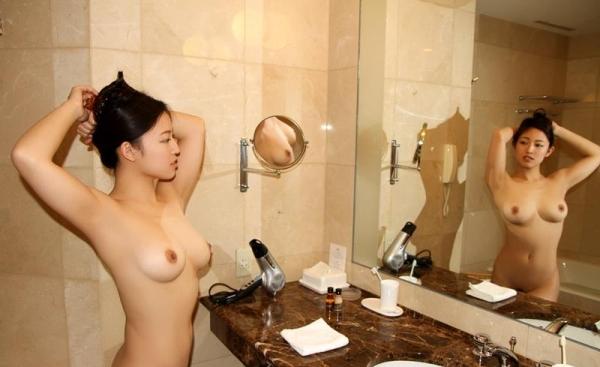 日高千晶(白石れいか)無修正AVで人気の爆乳美女エロ画像87枚の076枚目