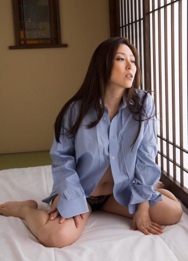 四十路の美熟女 白木優子むっちりヌード画像65枚の003枚目
