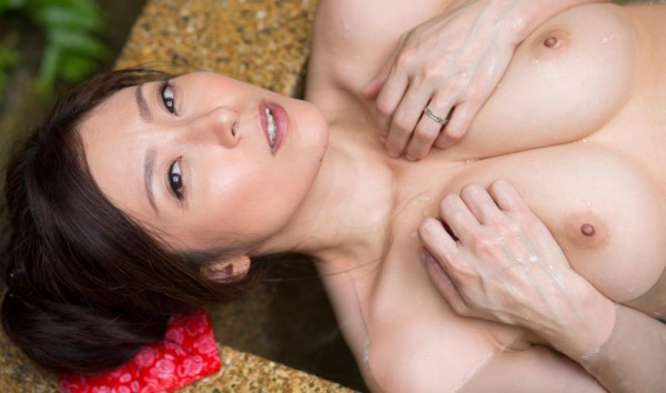 四十路の美熟女 白木優子むっちりヌード画像65枚の030枚目