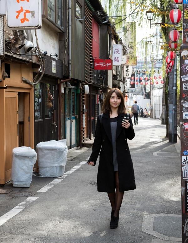 白咲ゆず 元アキバのメイドミニマム美女エロ画像82枚の14枚目