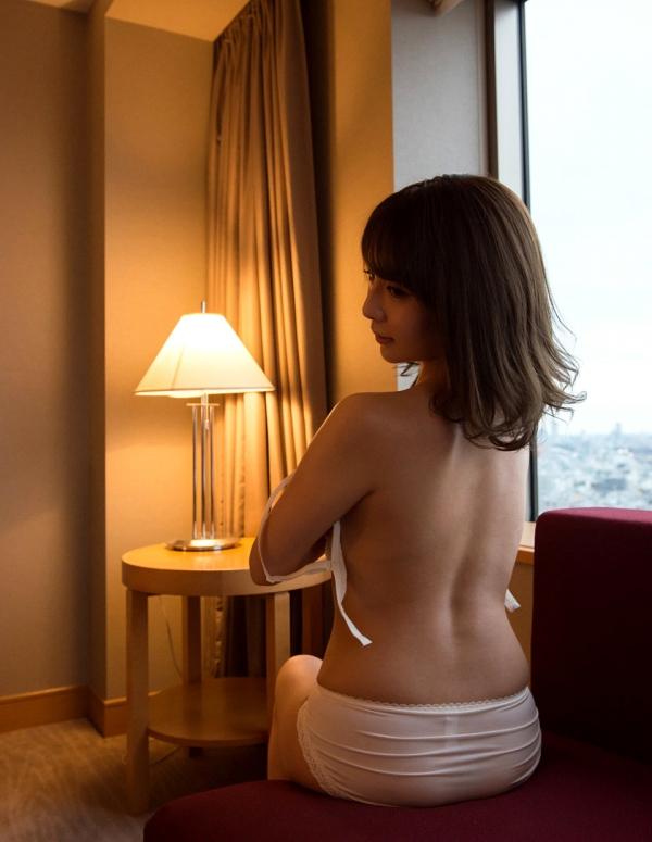白咲ゆず 元アキバのメイドミニマム美女エロ画像82枚の38枚目