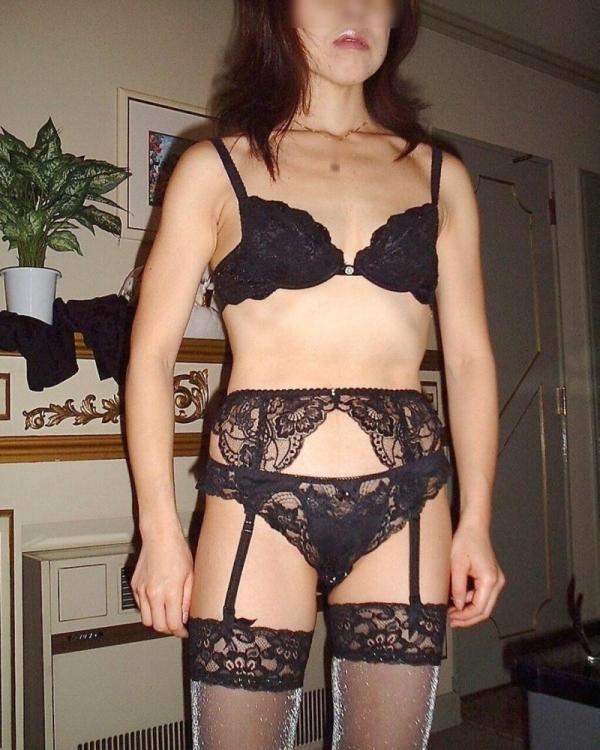 熟女の下着姿をひたすら貼ってくよ。エロ画像80枚の007枚目