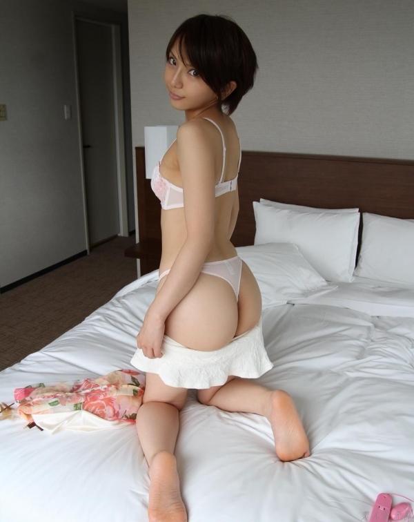 ショートカットのAV女優15人のエロ画像80枚の072枚目