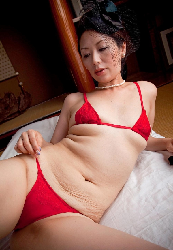 翔田千里 妖艶アラフィフ熟女ヌード画像150枚のa015番