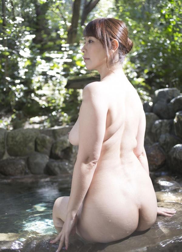 翔田千里 妖艶アラフィフ熟女ヌード画像150枚のb008番