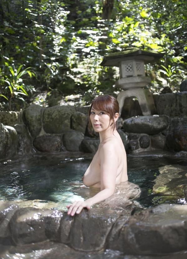 翔田千里 妖艶アラフィフ熟女ヌード画像150枚のb009番