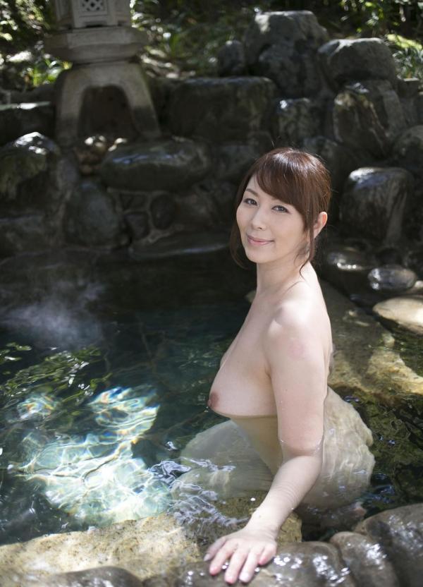翔田千里 妖艶アラフィフ熟女ヌード画像150枚のb010番