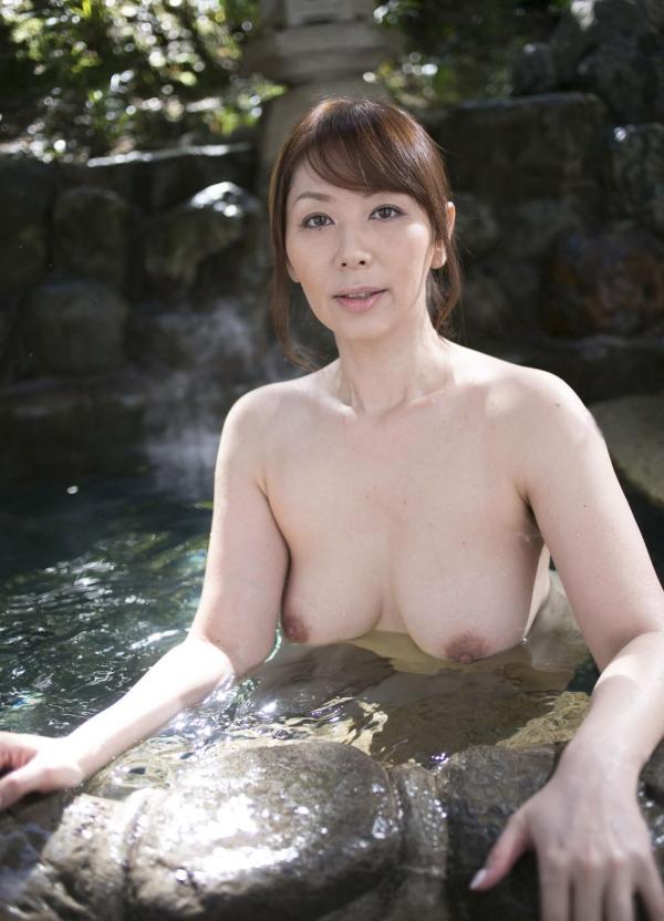 翔田千里 妖艶アラフィフ熟女ヌード画像150枚のb011番