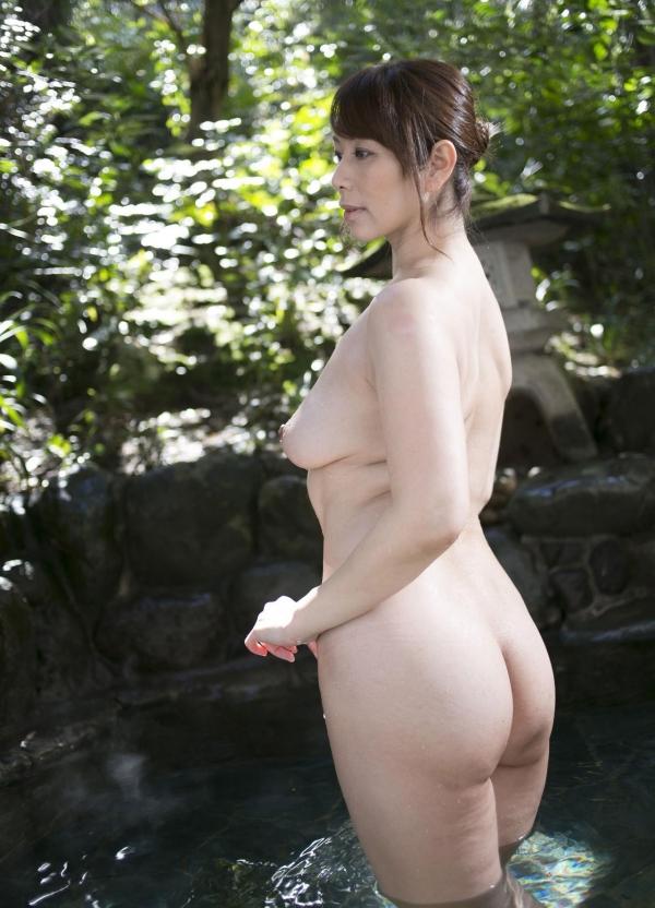 翔田千里 妖艶アラフィフ熟女ヌード画像150枚のb013番