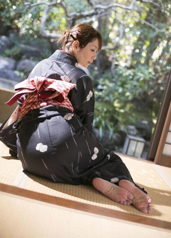 翔田千里 妖艶アラフィフ熟女ヌード画像150枚のb042番