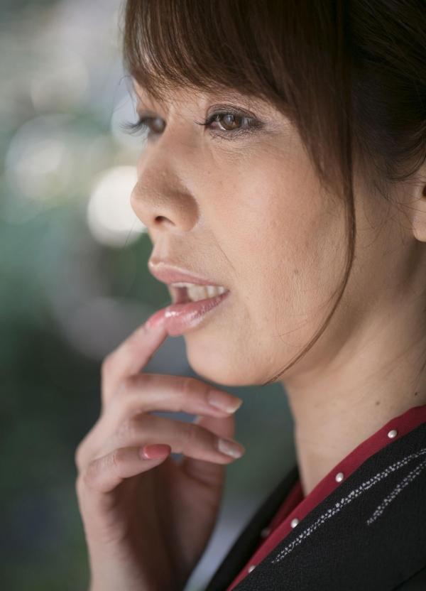 翔田千里 妖艶アラフィフ熟女ヌード画像150枚のb048番