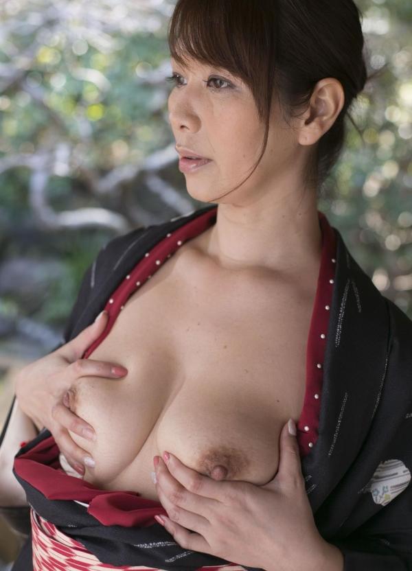 翔田千里 妖艶アラフィフ熟女ヌード画像150枚のb055番