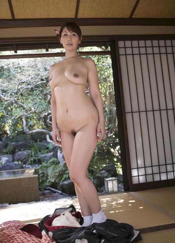 翔田千里 妖艶アラフィフ熟女ヌード画像150枚のb070番