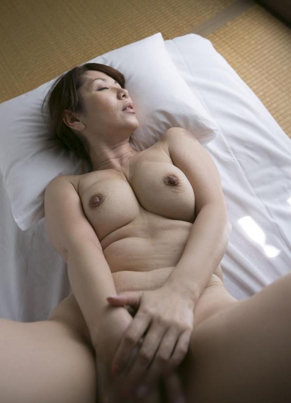 翔田千里 妖艶アラフィフ熟女ヌード画像150枚のb092番