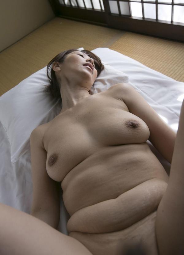 翔田千里 妖艶アラフィフ熟女ヌード画像150枚のb094番