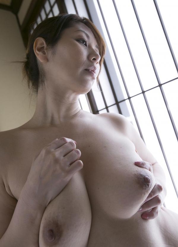 翔田千里 妖艶アラフィフ熟女ヌード画像150枚のb098番