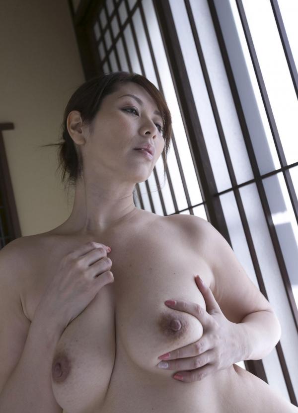 翔田千里 妖艶アラフィフ熟女ヌード画像150枚のb099番