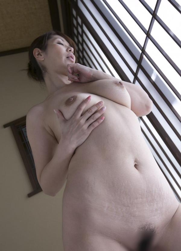 翔田千里 妖艶アラフィフ熟女ヌード画像150枚のb105番