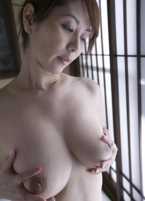 翔田千里 妖艶アラフィフ熟女ヌード画像150枚のb114番