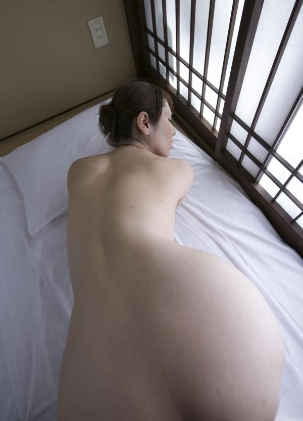 翔田千里 妖艶アラフィフ熟女ヌード画像150枚のb120番