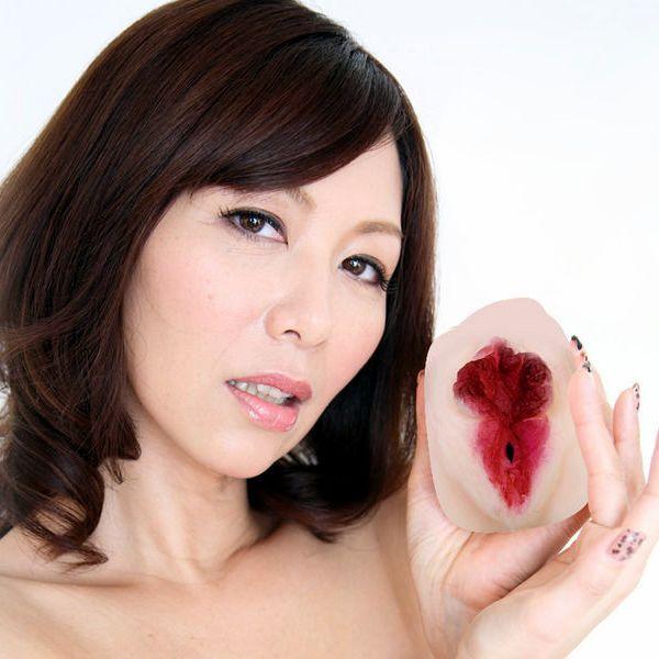 翔田千里 巨尻の年増熟女ヌード画像125枚の1