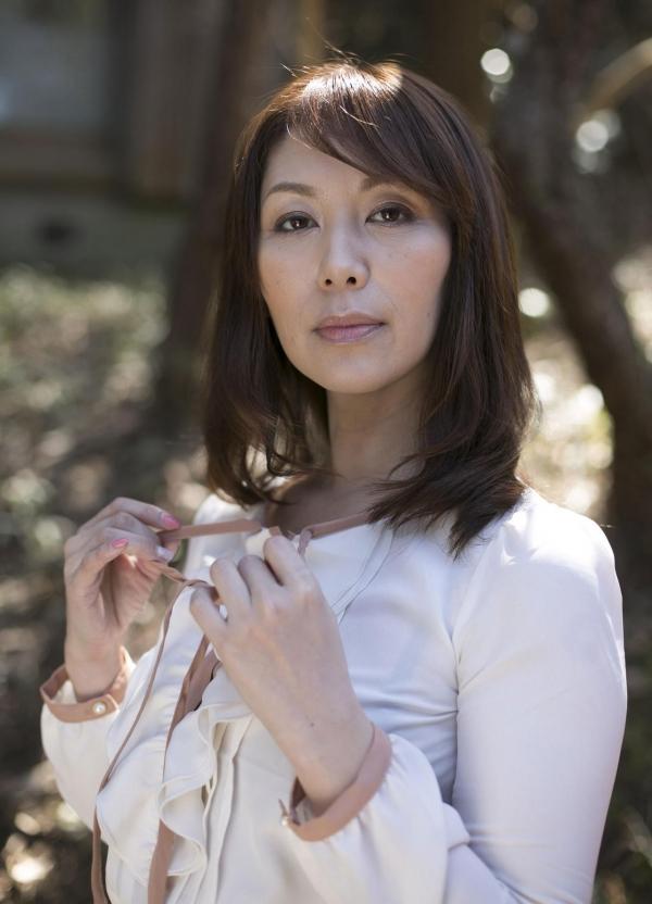 翔田千里 巨尻の年増熟女ヌード画像125枚の012枚目