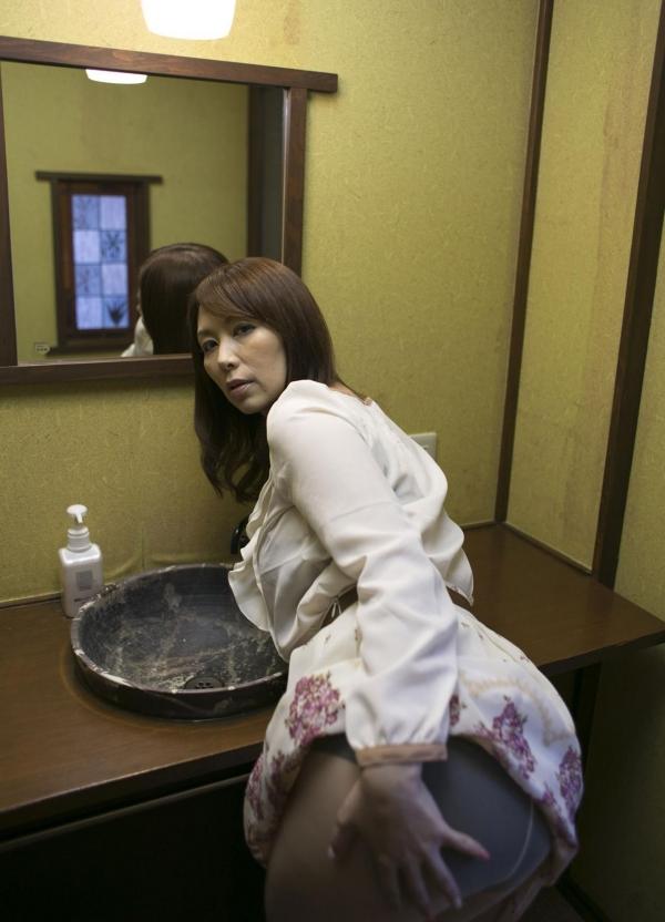 翔田千里 巨尻の年増熟女ヌード画像125枚の032枚目
