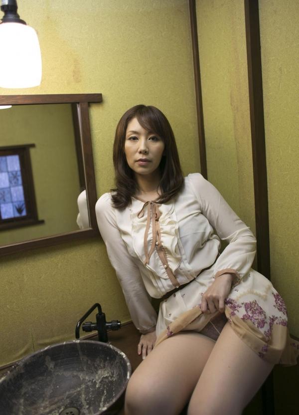 翔田千里 巨尻の年増熟女ヌード画像125枚の033枚目